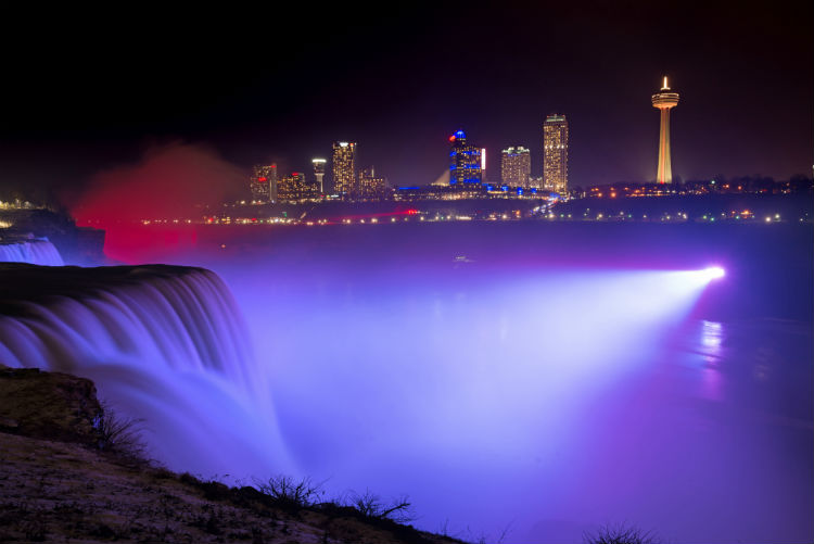 Christmas at Niagara Falls