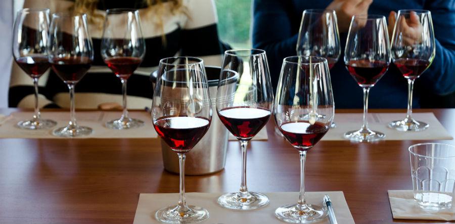 wine tasting vancouver island