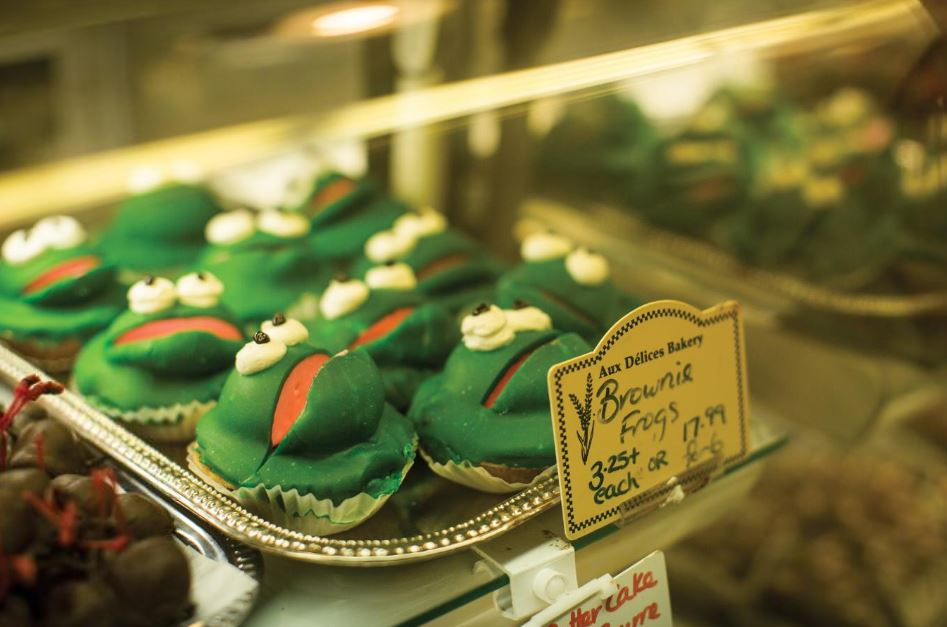 Frog cupcakes in the ByWard Market, Ottawa